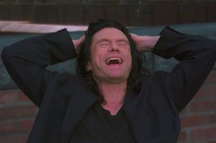 """Γιατί λατρεύουμε τόσο πολύ το """"The Room"""" του Tommy Wiseau"""