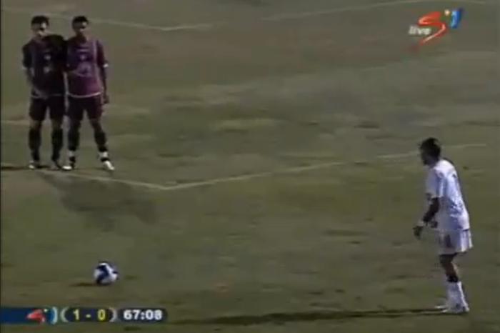Cult Superleague φάσεις: Το γκολ του Λουτσιάνο εναντίον της Λάρισας (2007)